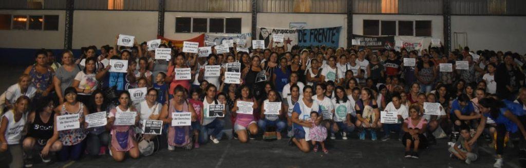 PRIMER ENCUENTRO DE LAS MUJERES TRABAJADORAS en Máximo Paz de las Organizaciones Sociales:  CCC, CTEP, Barrios de Pie y el Frente Popular Darío Santillan.